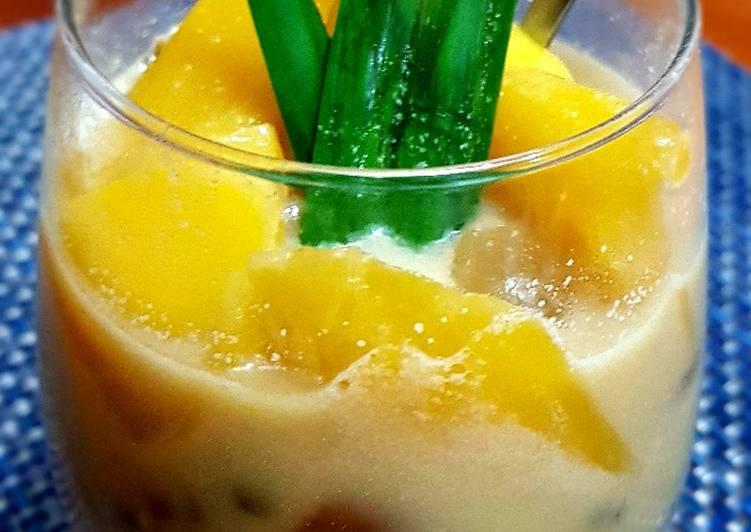 Green Bean Compote, Jackfruit, Banana and Sugar Palm Fruit