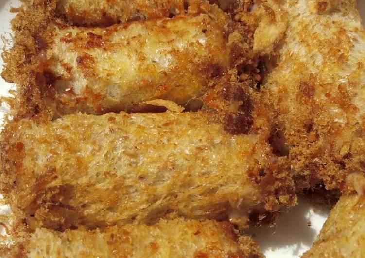Floss roll sandwich / roti abon