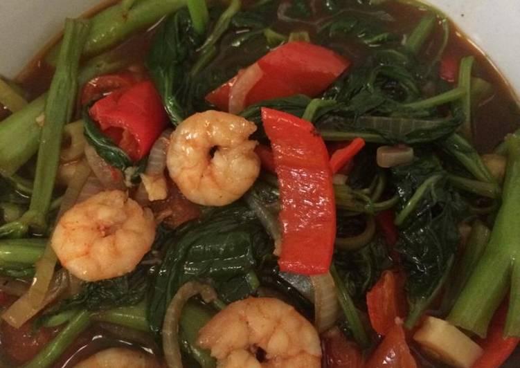 Cara Gampang Menyiapkan Oseng kangkung saus tiram, Enak Banget