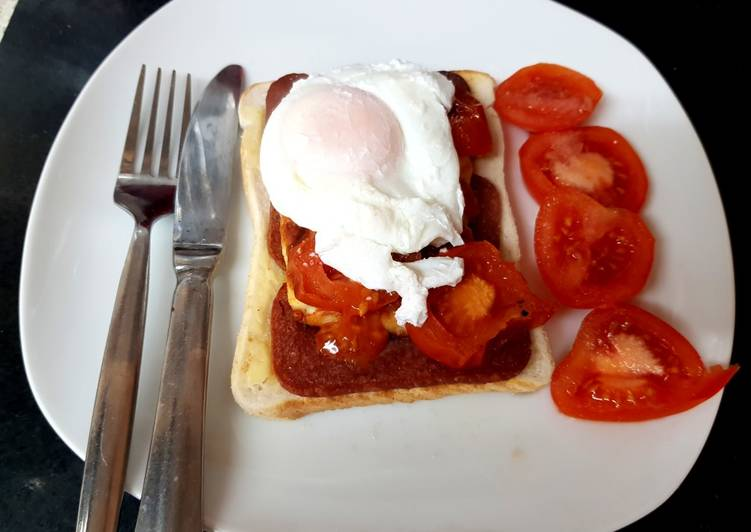 My Bacon Grill, Halloumi, Tomato & Poached Egg