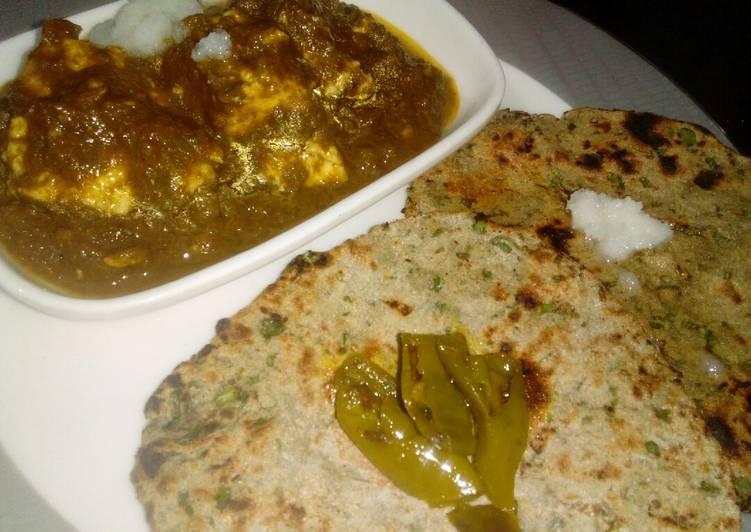 Palak Paneer with Bajra Bathua Chapati