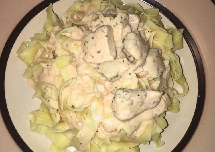 Recipe: Tasty Egg pasta with creamy rose sauce