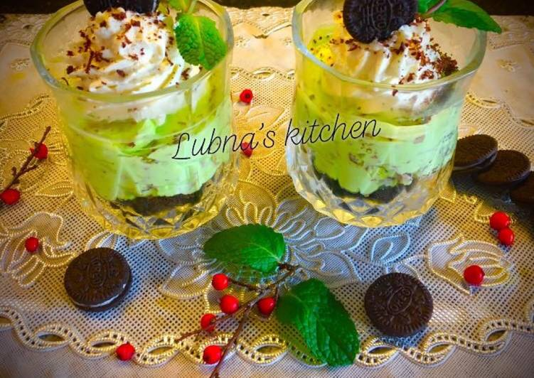 Oreos and Mint Chip Cheesecake Mousse:
