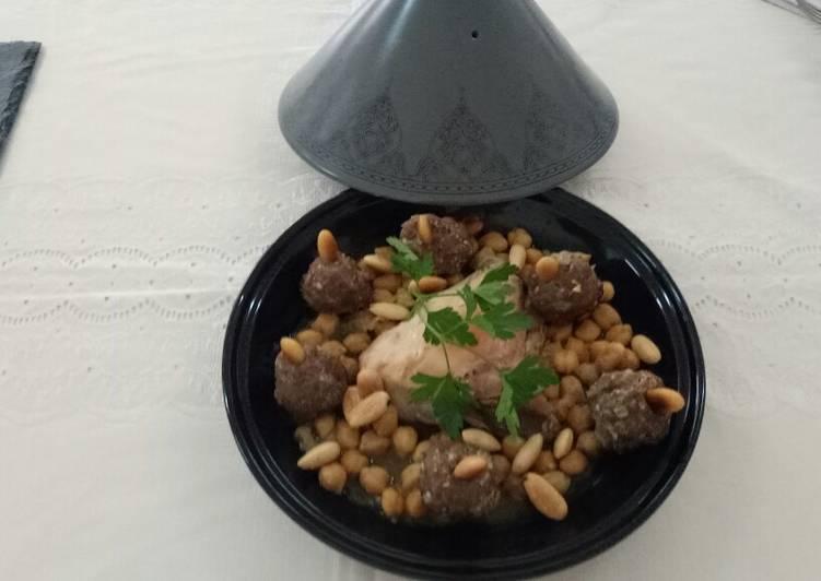 Mtouam plat traditionnel algerois(boulettes de viande à l'ail