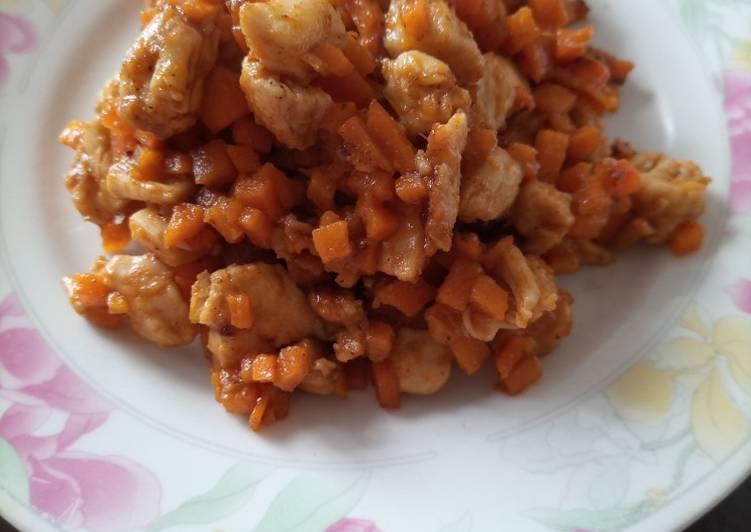 Tumis ayam wortel