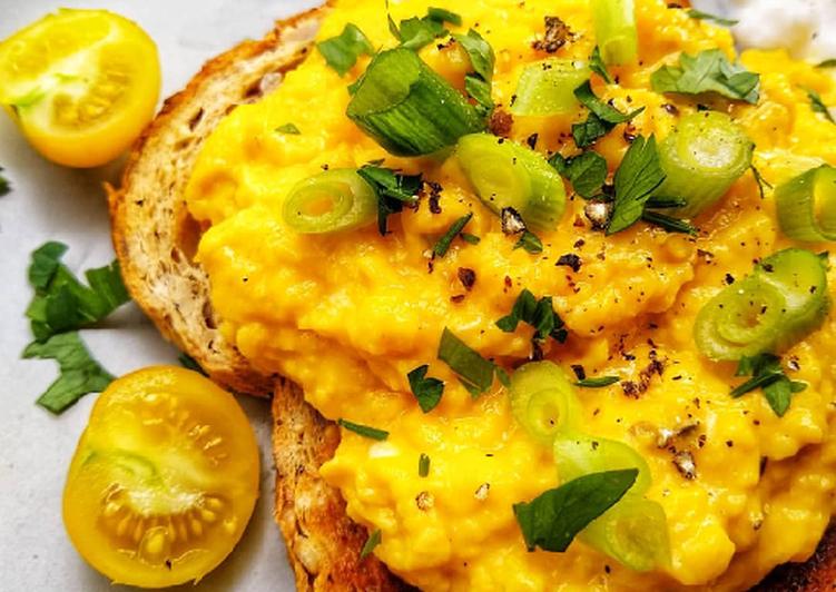 Recipe of Ultimate Tumeric Scrambled Eggs