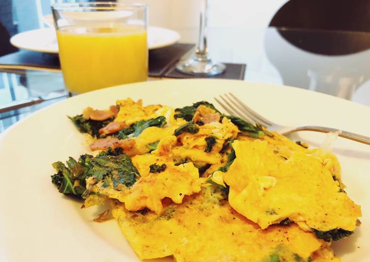 Bacon and Kale Omelet