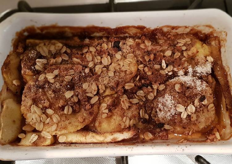 Steps to Prepare Speedy Apple crumble with oat flour
