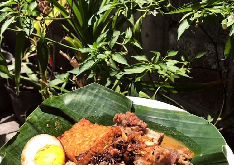 Nasi Gandul khas Pati Jawa Tengah