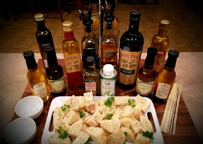 Mike's Bread - Dipping Oils & Cheese Appetizers