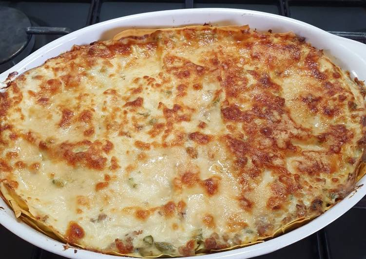How to Cook Delicious Lasagne porro asparagi e salsiccia