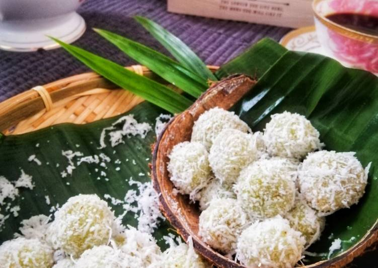 Kuih Onde-Onde @ Buah Melaka #Kuihmelayu #Phopbylinimohd #Task 2 - velavinkabakery.com
