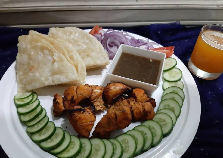 How to Make Recipe of Chicken tikka with chutney and paratha