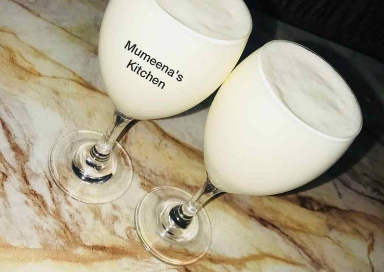 Coconut milkshake recipe by mumeena's Kitchen