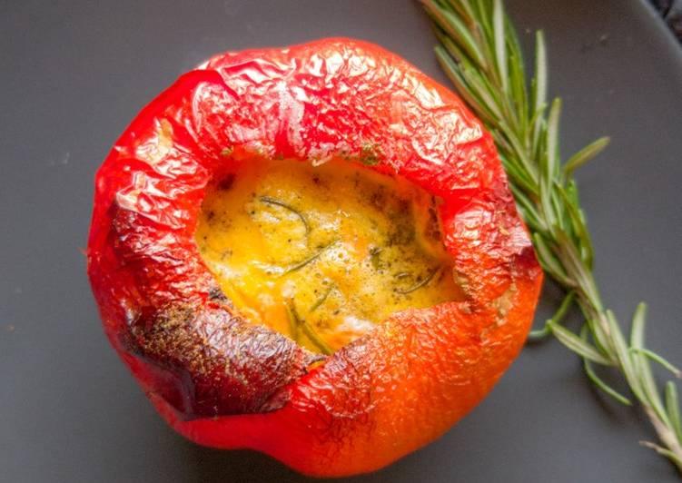 Breakfast Omelette in a Pepper