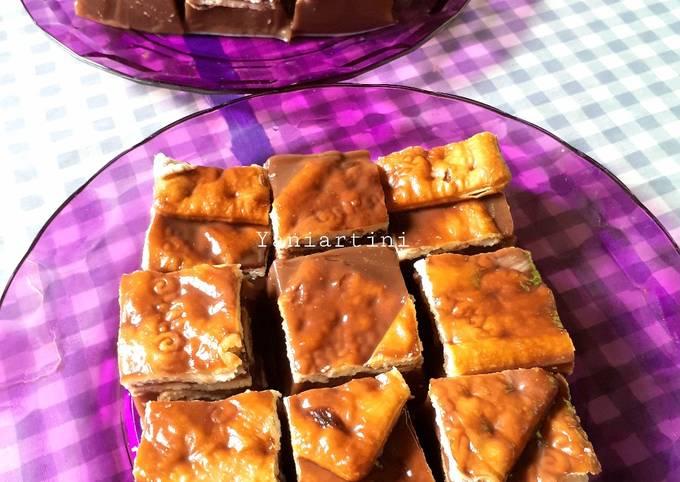 Cemilan : Nutrijel Coklat Cracker/Gabin