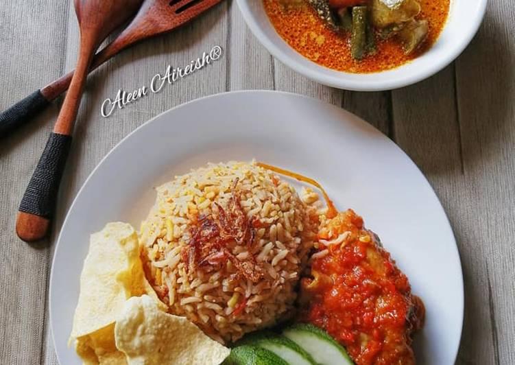 Nasi Beriani Ayam Sambal Merah - velavinkabakery.com