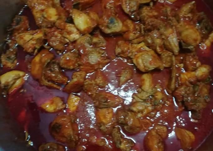 Ayam. Masak merah