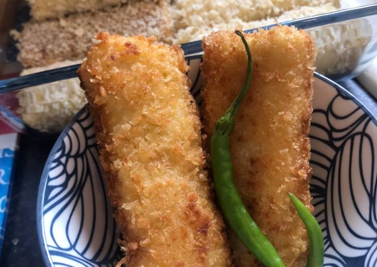 Steps to Prepare Quick Risoles with chicken ragoet (creamy) filling - Indonesian Snack