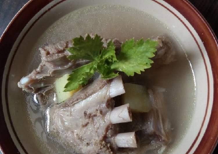 Sop soup daging kambing iga
