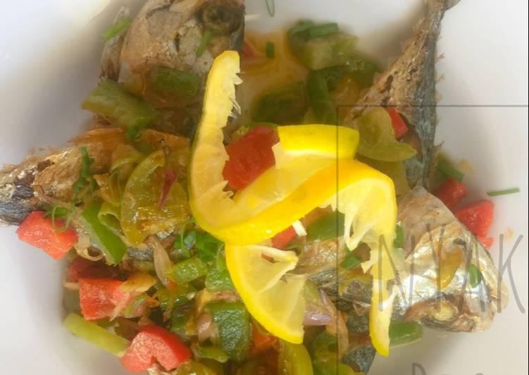 resep ikan kembung dabu dabu masak keto oleh pawon ris cookpad Resepi Ikan Kembung Masak Sambal Serai Enak dan Mudah