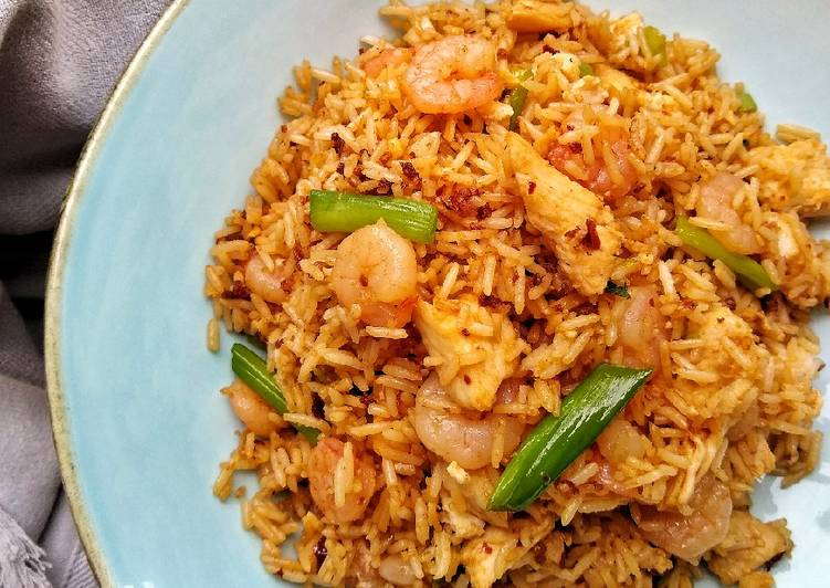 How to Make Quick Shrimp & Chicken Fried Rice
