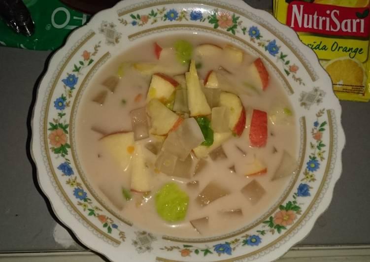 Sop buah sederhana nutrijel kelapa muda