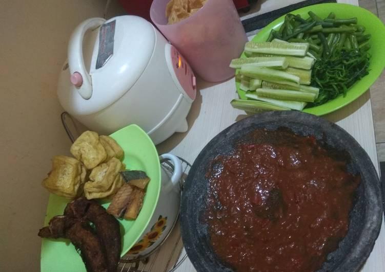 Resep Unggulan Menu Makan Siang 1 Paling Enak Resep Masakanku