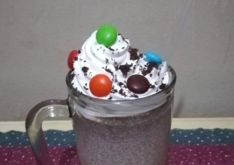 Cookies and cream milk Shake