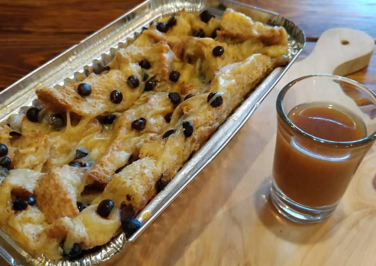 18. Bread Pudding with Caramel Sauce (simple ga pake ribet)