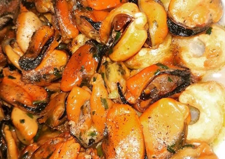 Ricetta Zuppa di cozze e taralli