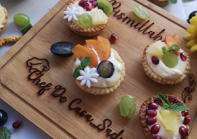 Custard fruit puff tart