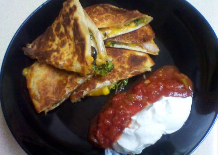 Going Green for Good Health By Consuming Superfoods shrimp and vegetable quesadilla