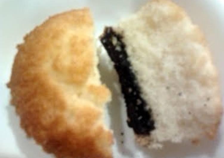 A's Oreo Bottom Cupcakes