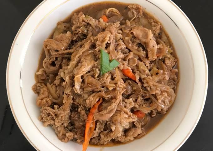 Bagaimana Menyiapkan (Masakan Sederhana) Daging Sapi Teriyaki, Bisa Manjain Lidah