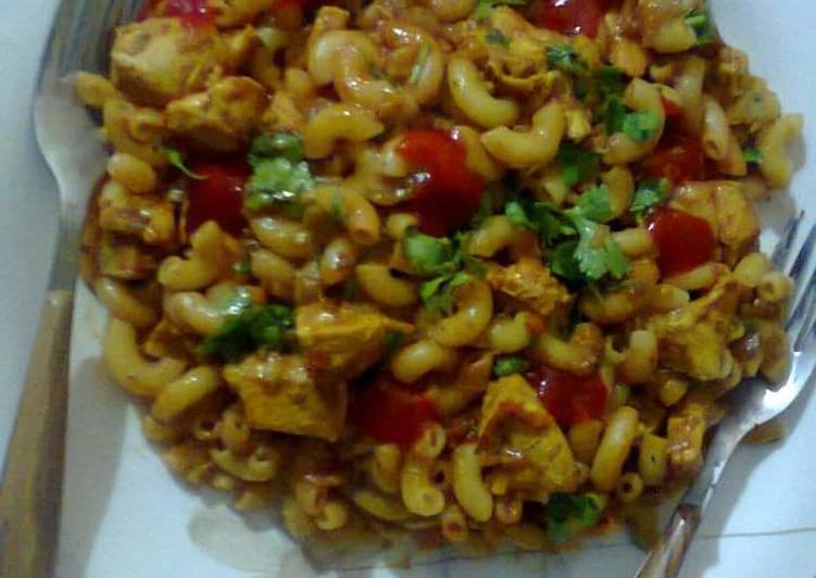 Recipe: Delicious Spicy chicken macaroni