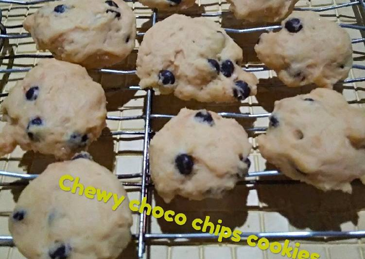 Chewy choco chips cookies