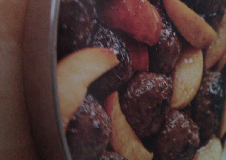 Recipe: Delicious Vickys Fruity Pork Meatballs, Gluten, Dairy, Egg & Soy-Free
