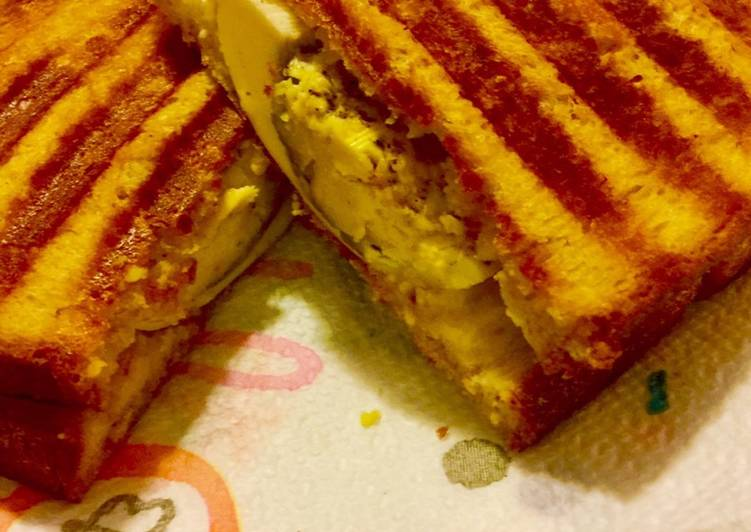 How to Prepare Award-winning Grilled Boiled Egg Sandwich