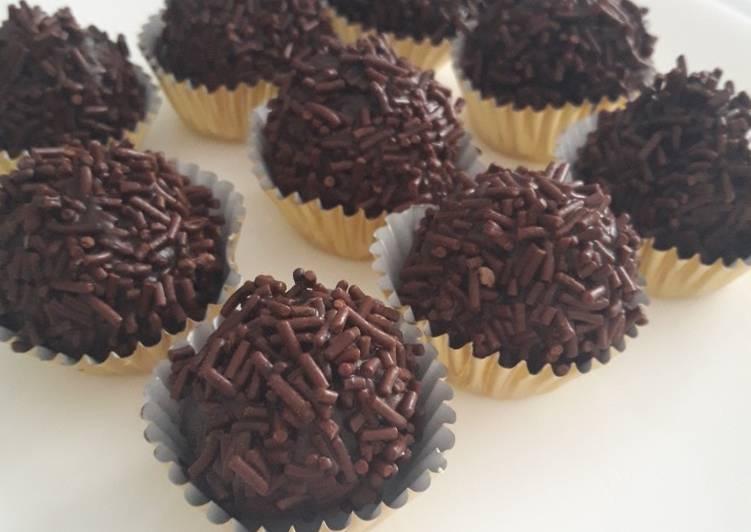 Double chocolate 3bahan(varian Nastar ll)