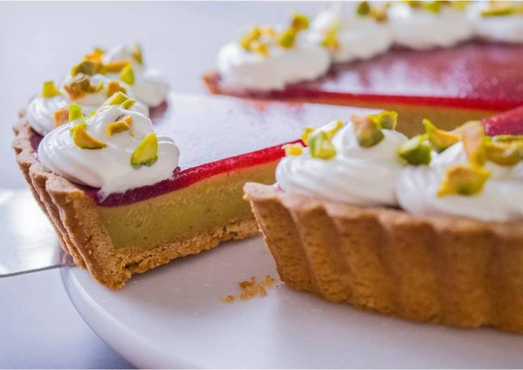 Easiest Way to Make Speedy Strawberry & Pistachio Custard Tart★Recipe Video★