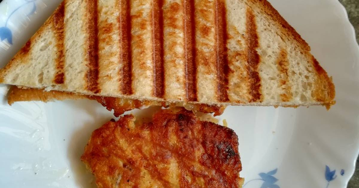 Hash Browns Sandwich Recipe By Syeda Emaan Ismail Cookpad