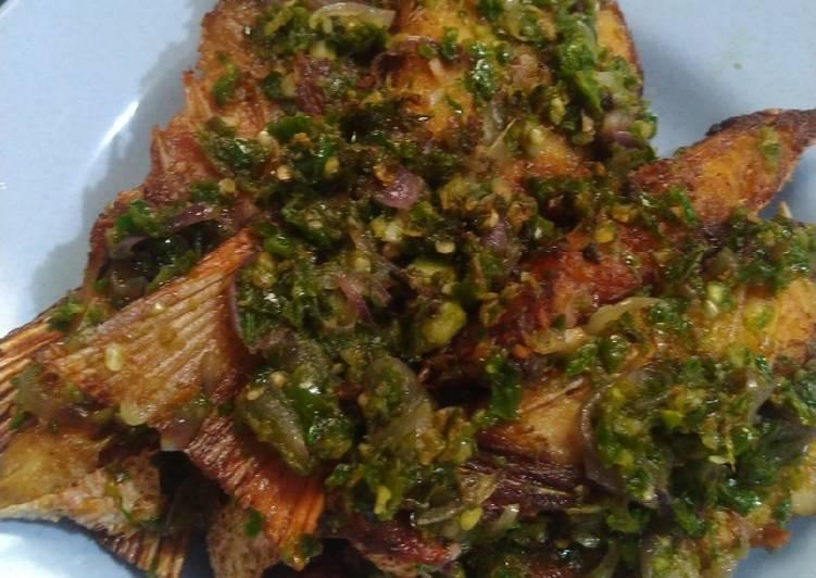 Ikan sambal hijau