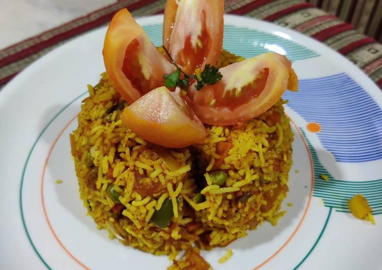 Recipe of Quick Tomato vegetable pulao