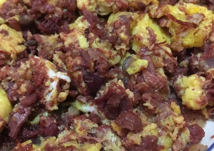 Corned Beef Omelette