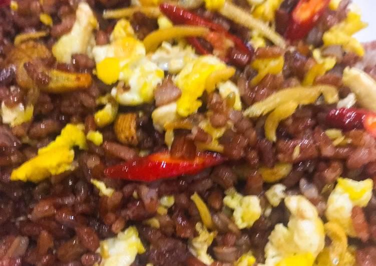 Healthier: Nasi goreng teri beras merah