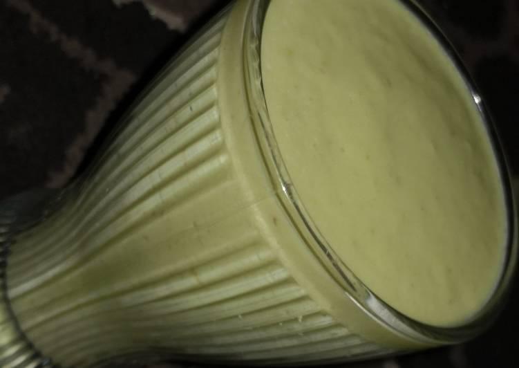 Recipe of Speedy Avacado smoothie
