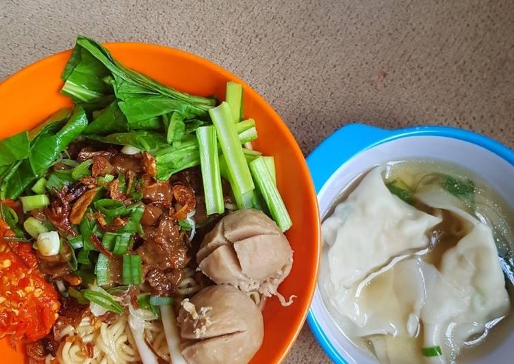 Resep Mie Ayam Bakso Gerobak Oleh Elly Rompas Cookpad