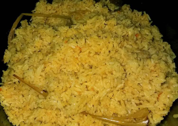 Nasi kuning magic com😋 - cookandrecipe.com