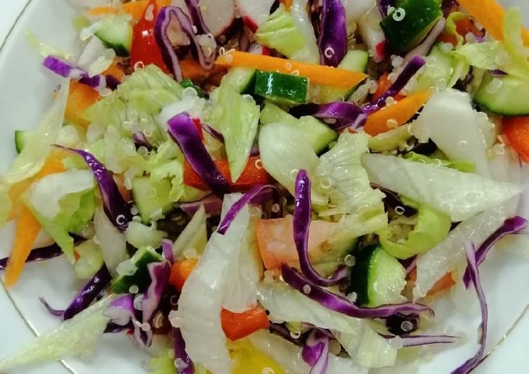Mixed salata with Quinoa